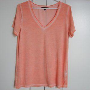 🌈3/$30 Banana Republic Peach Orange V-neck Top